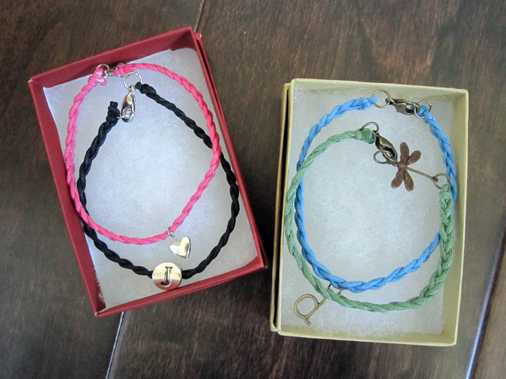 customized bracelets with charms