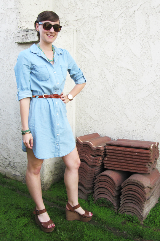 ootd - chambray shirt dress, vintage beaded leather belt, tan wedges
