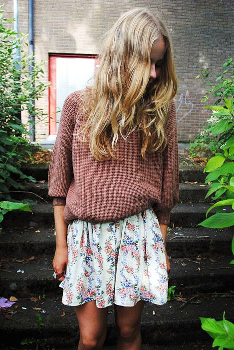 02_sweater&skirt