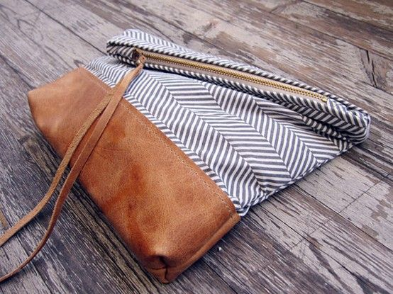 02_leather_fabric_clutch