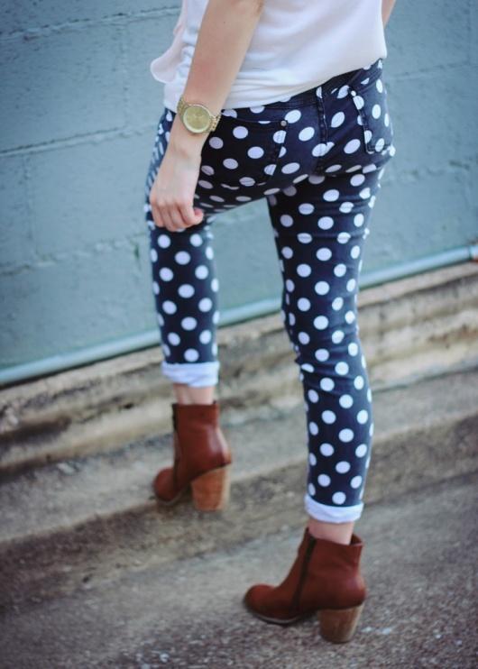 02_polka_dot_pants