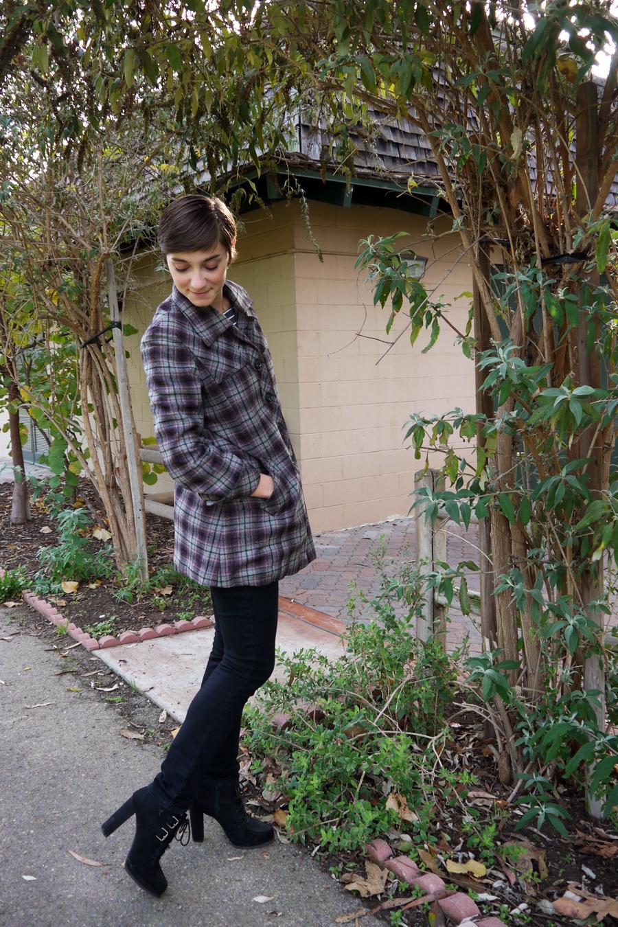ThriftStyleThursday_vintagecoat_02