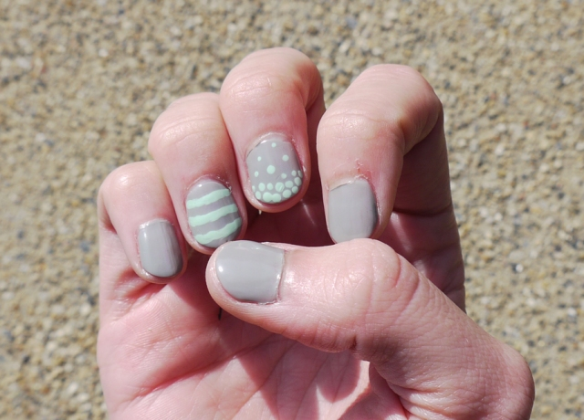 mint-gray-nails_01