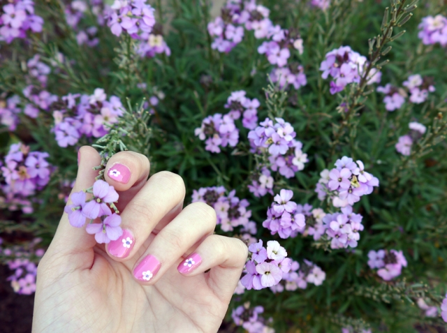 #RadiantOrchid-nails-manicure_01
