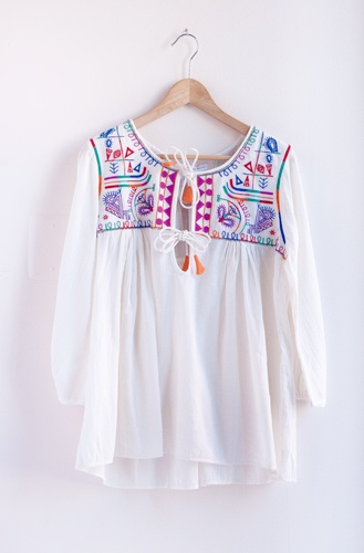 03_embroidered-blouse