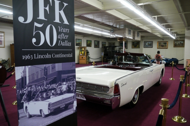 JFK-Lincoln-Continental