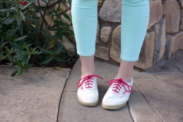 #TST-Pastels-mint-jeggings-white-Vans-pink-laces