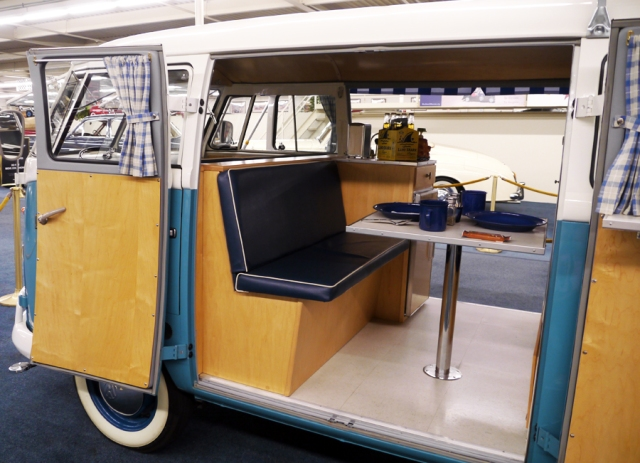 VW_bus_blue_camper_05