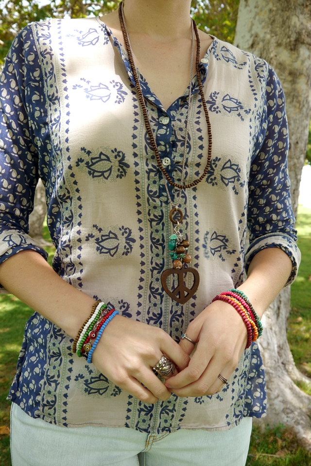 Thrift-Style-Thursday-hippie-boho-peace-heart-necklace-beads-accessories_01