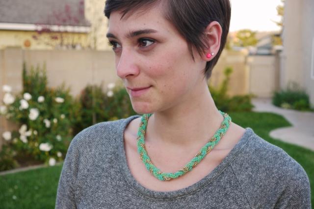 Thrift-Style-Thursday-jersey-dress-neon-mint_01