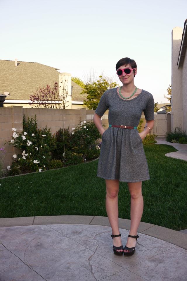 Thrift-Style-Thursday-jersey-dress-neon_01