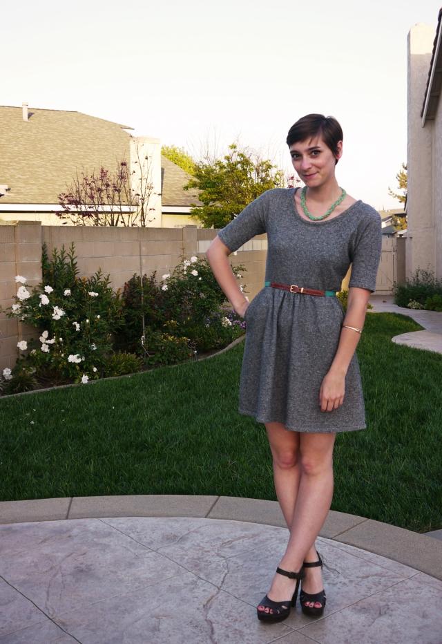 Thrift-Style-Thursday-jersey-dress-neon_02