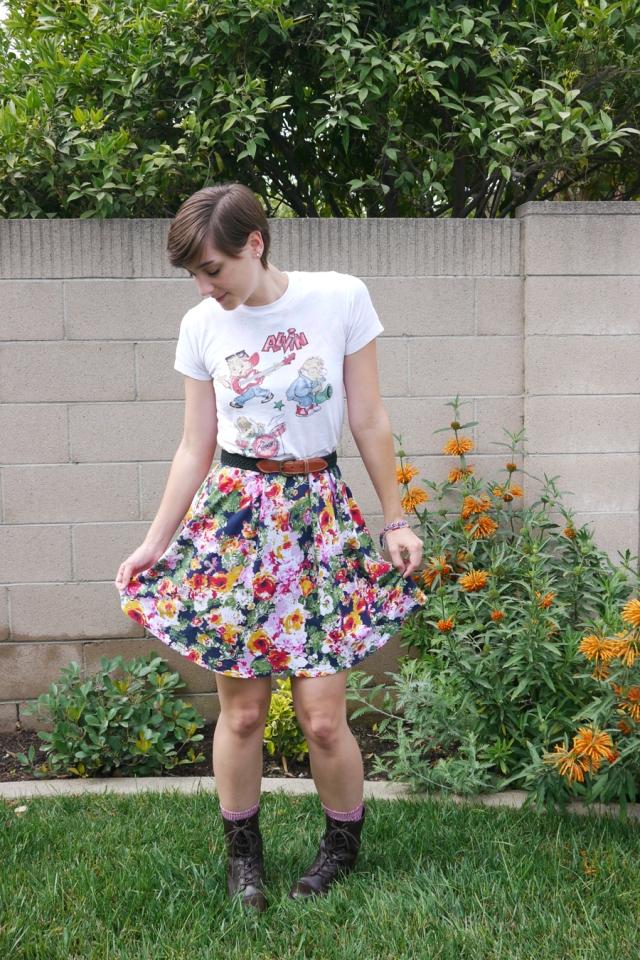 Thrift-Style-Thursday-90s-Alvin-Chipmunks-floral-boots_02
