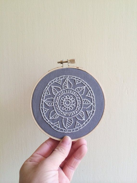 09embroidery-mandala