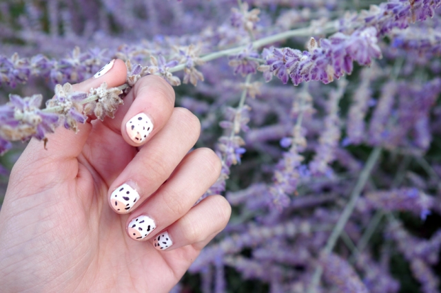 #monthlymani-ice-cream-summer-nail-art-lavender2