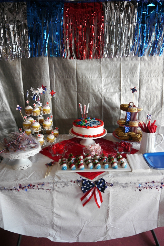 The dessert table in all its glory!  ;)