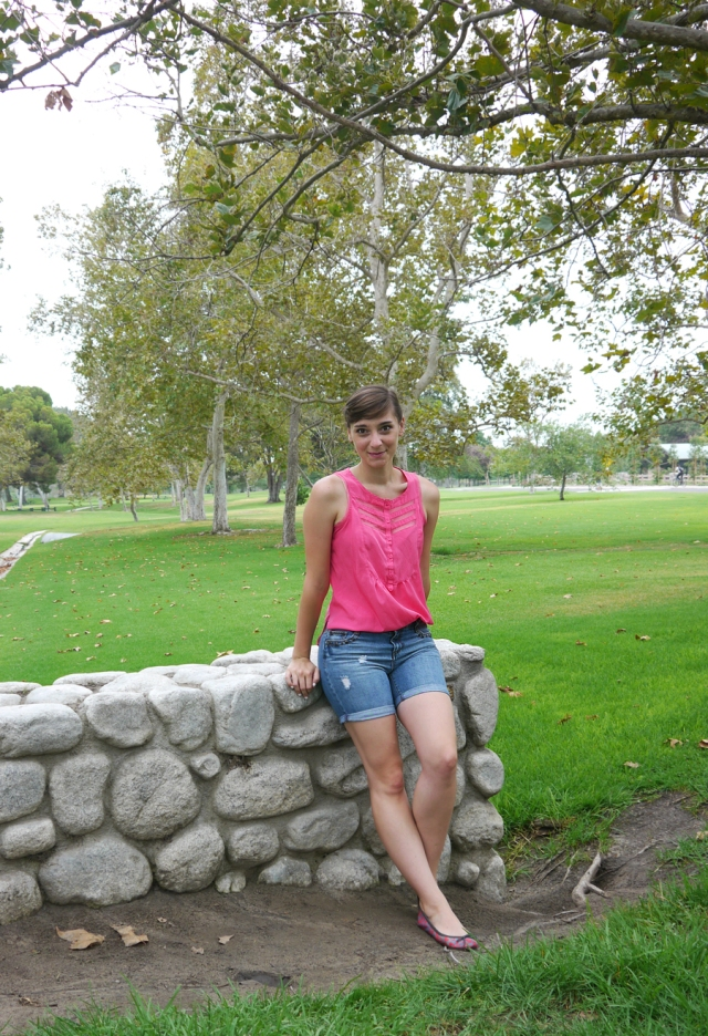 Thrift-Style-Thursday-dainty-pink-blouse-studded-shorts_01