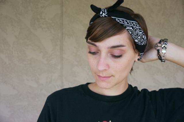 Thrift-Style-Thursday-Goth-black-headband-accessories