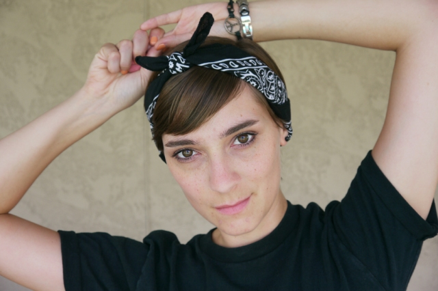 Thrift-Style-Thursday-Goth-black-headband-shirt