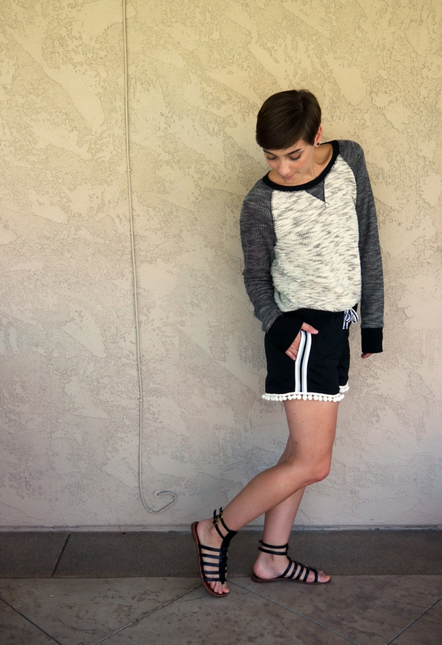 Thrift-Style-Thursday-mesh-pom-pom-shorts-sweater-gladiator-sandals_02