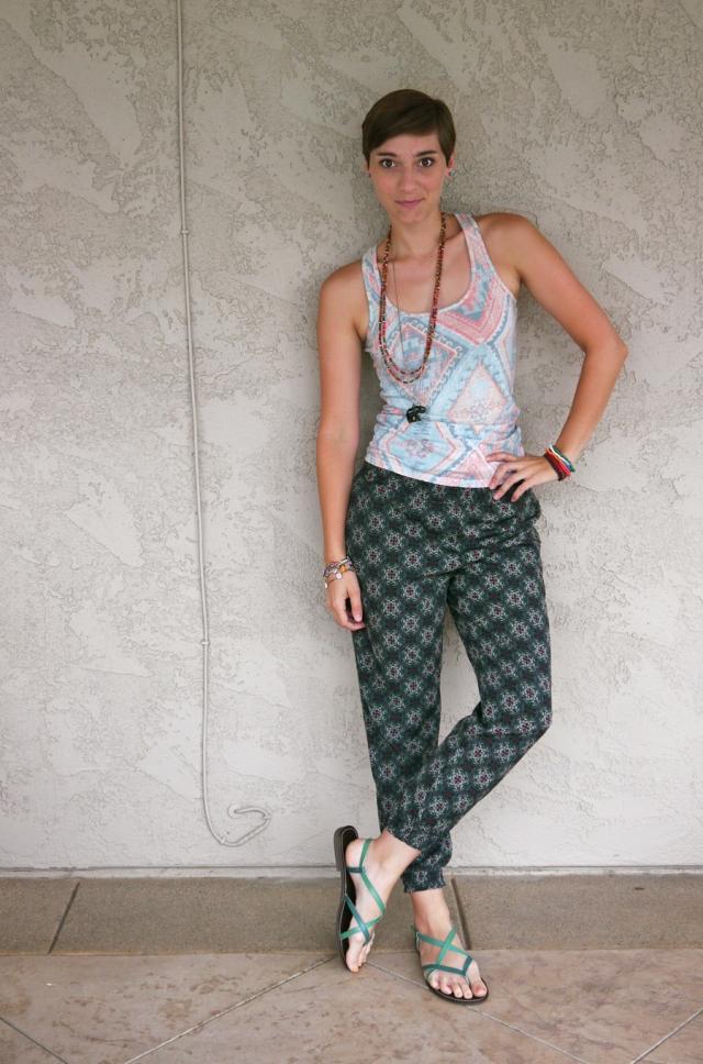 Thrift-Style-Thursday-India-aztec-tank-top-harem-pants_01