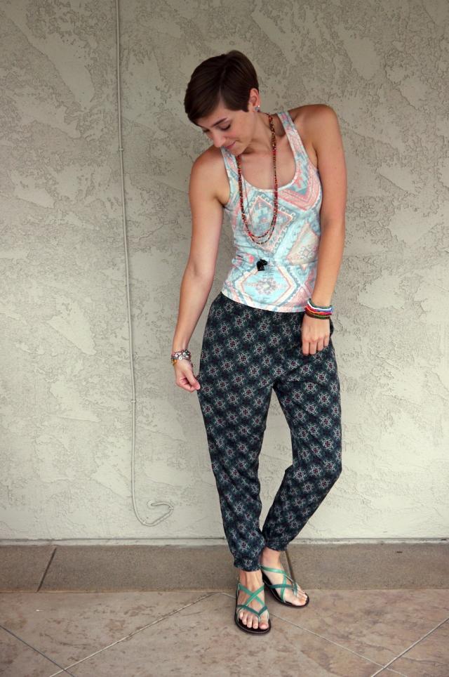 Thrift-Style-Thursday-India-aztec-tank-top-harem-pants_02
