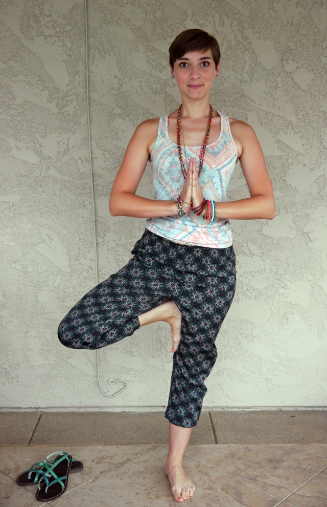 Thrift-Style-Thursday-India-aztec-tank-top-harem-pants_03