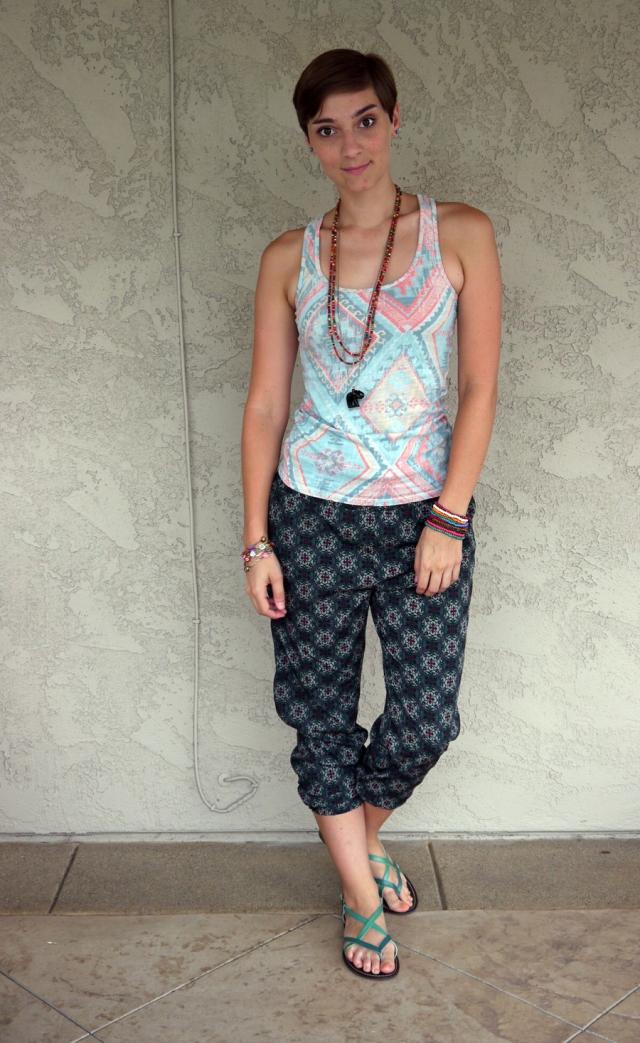 Thrift-Style-Thursday-India-aztec-tank-top-harem-pants_04
