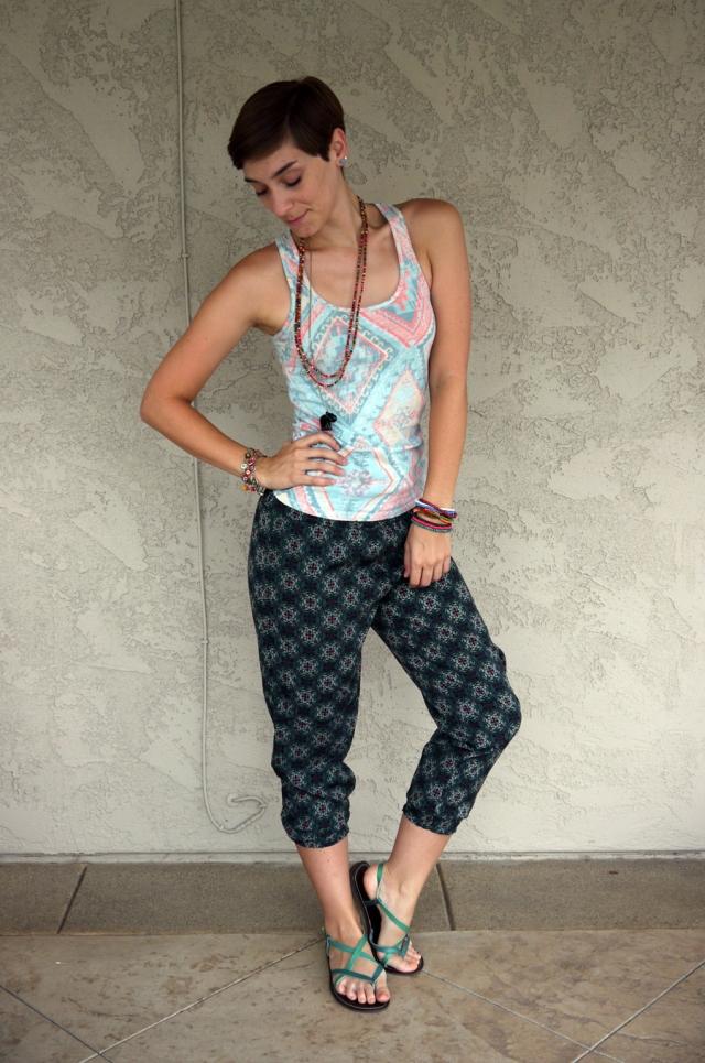 Thrift-Style-Thursday-India-aztec-tank-top-harem-pants_05