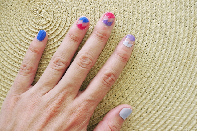 Born-Pretty-Store-french-nail-tip-guides-lightening-stripes_02