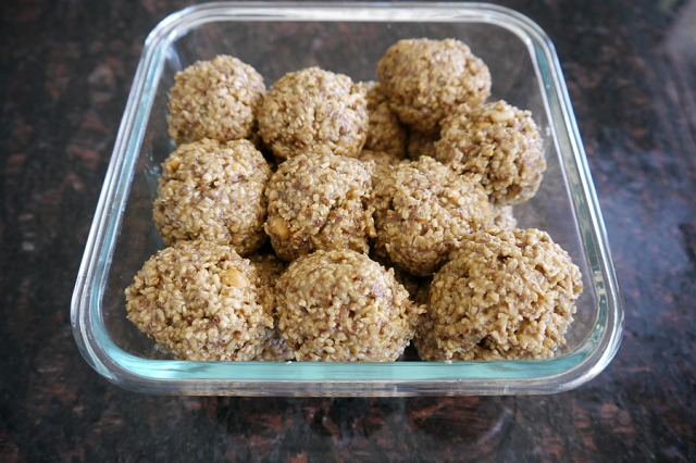 #recipe-energy-bites-oats-peanut-butter-finished