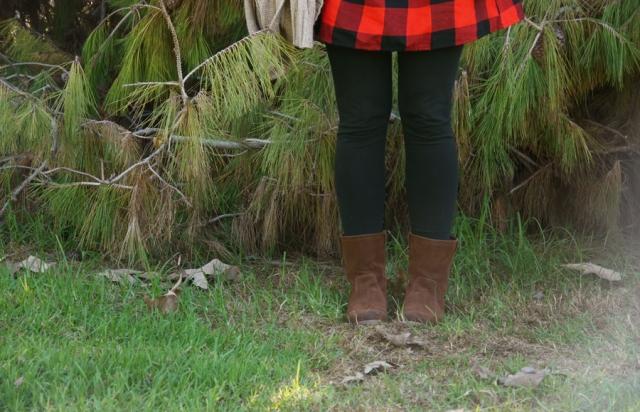 #ootd-red-black-plaid-dress-black-leggings-brown-boots