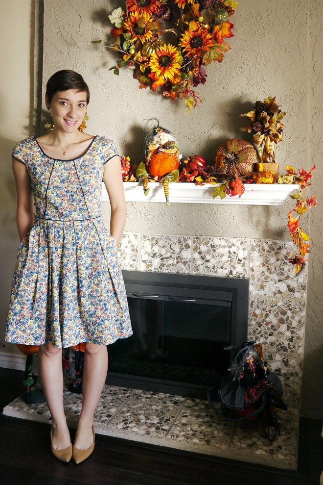 Thanksgiving-eShakti-floral-dress-kitten-heels-02