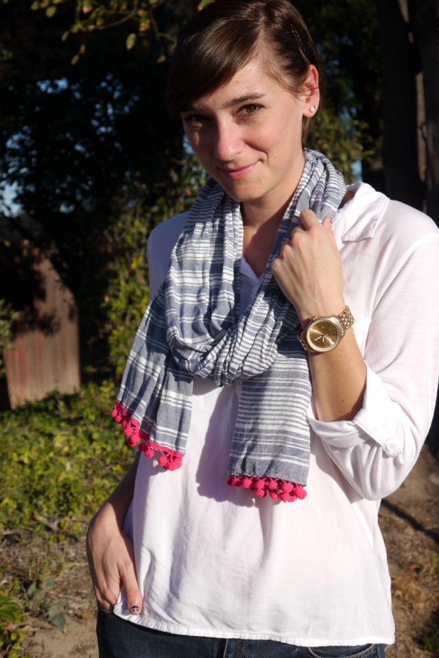thrift-stye-white-top-chambray-stripe-scarf-rose-gold-watch