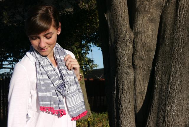 thrift-stye-white-top-chambray-stripe-scarf