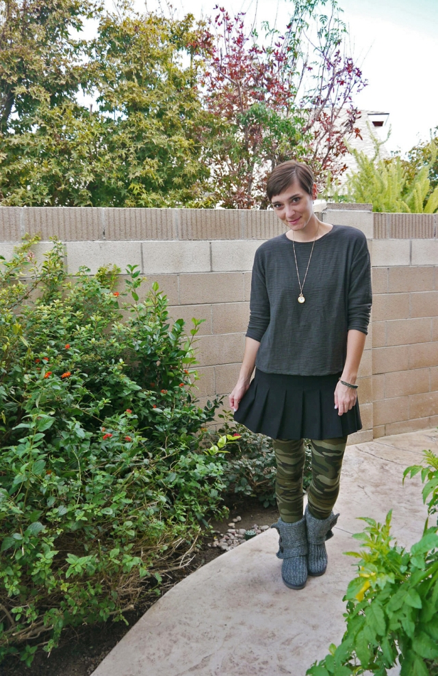 thrift-style-green-sweater-black-mini-skirt-camo-leggings-sweater-boots-02