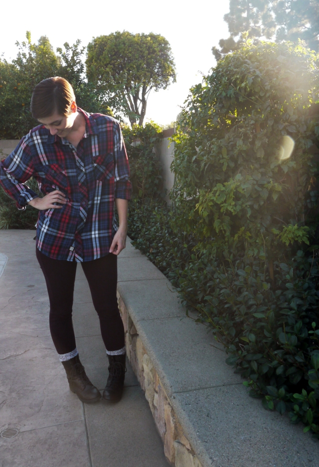 thrift-style-plaid-shirt-outerwear-jeggings-combat-boots-02