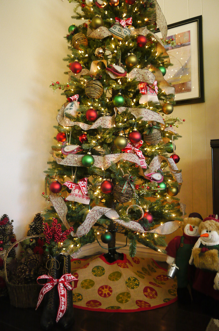 Delightfuldiy burlap tree skirt delightfully kristi